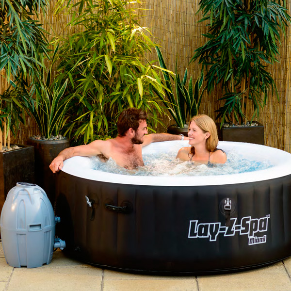 jacuzzi hinchable portable miami lay z spa. Black Bedroom Furniture Sets. Home Design Ideas